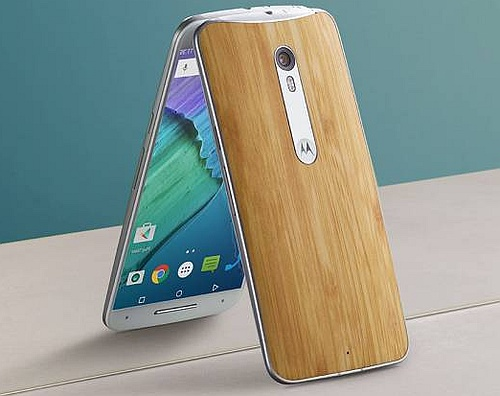 Moto_X_Pure_Edition_2015_pure_Android_smartphone