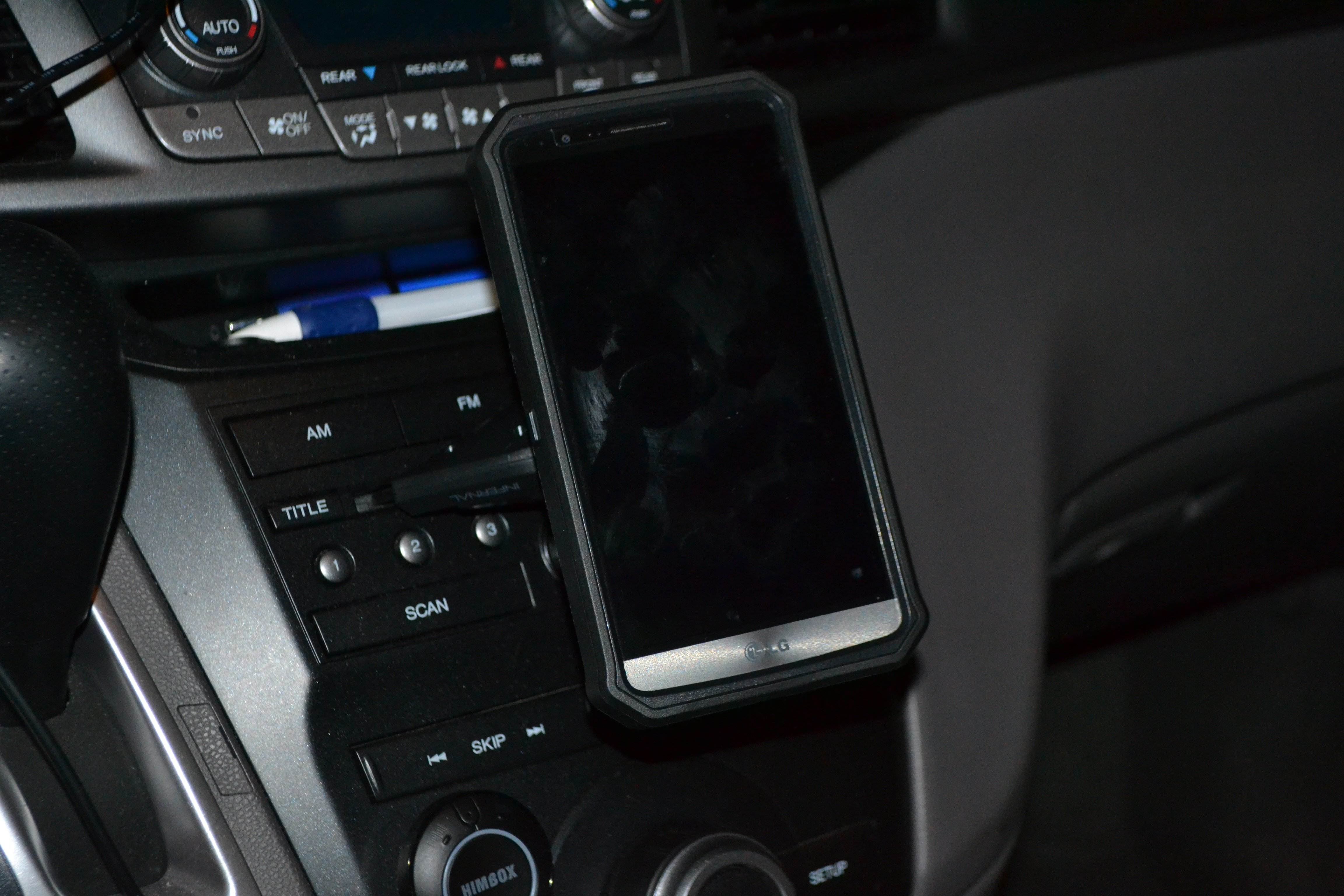 Infernal Innovations CD player magnetic phone mount: review