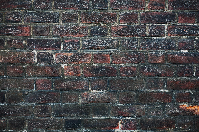 wildtextures-Dark-Grunge-Brick-Wall-Texture
