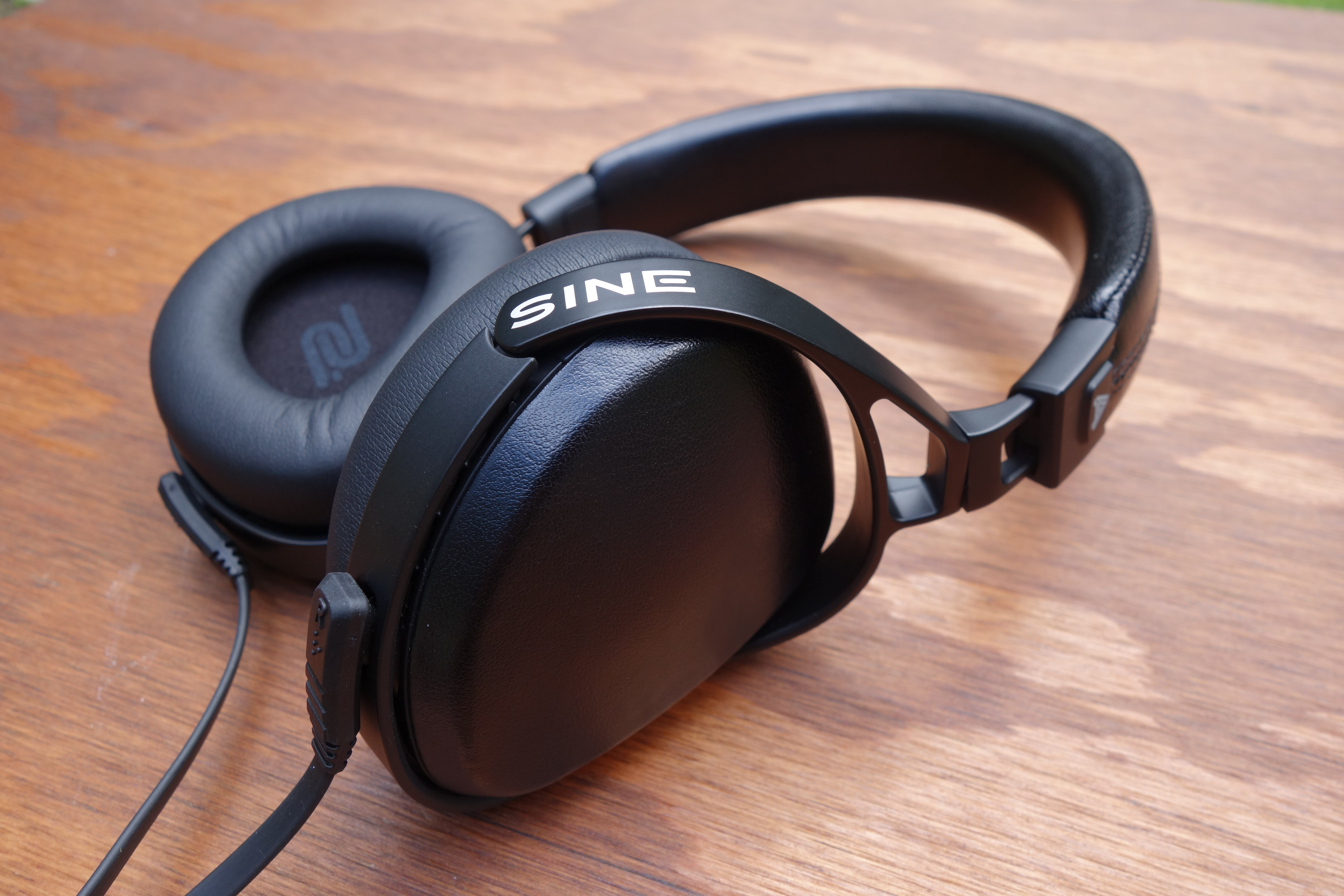 Audeze SINE headphone review: High-end on-ears, because why not?