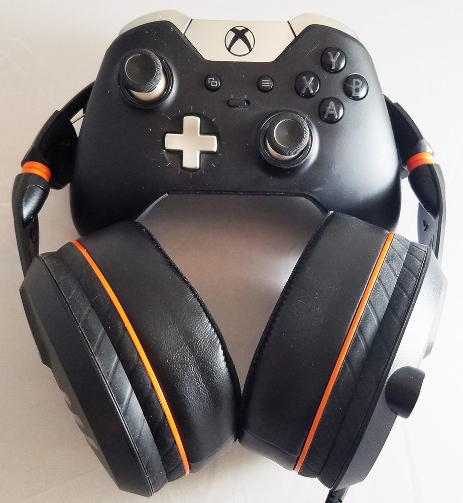 Turtle Beach Elite Pro headset and controller