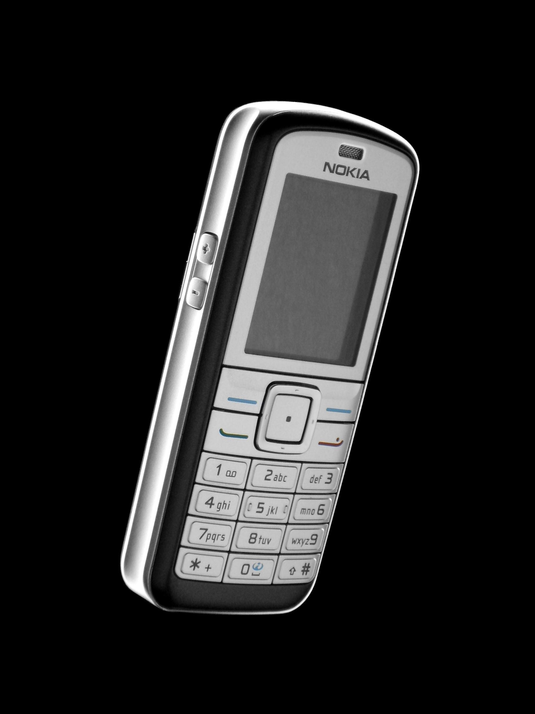 Teléfono Nokia 6070.