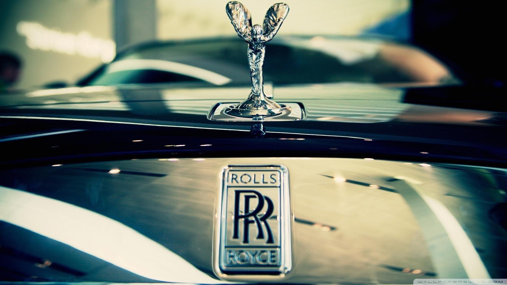 wallpaper-luxury-car-wallpaper