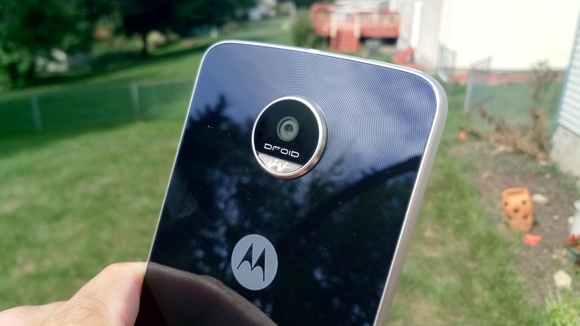moto_z_play_droid_04