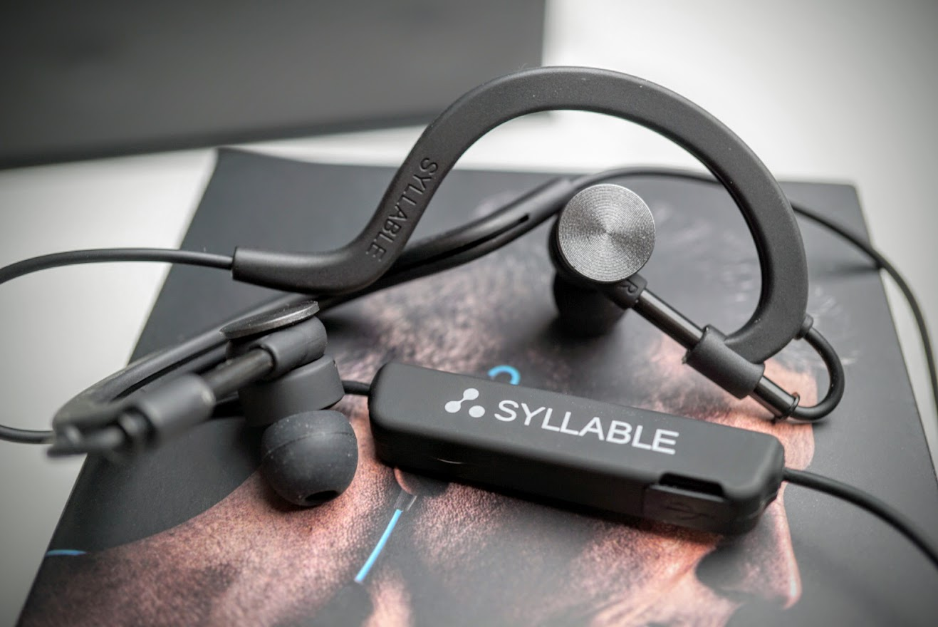 bfb0fe10372 Syllable D700 Wireless earbuds: Amazing quality and sound for just $14  (review)