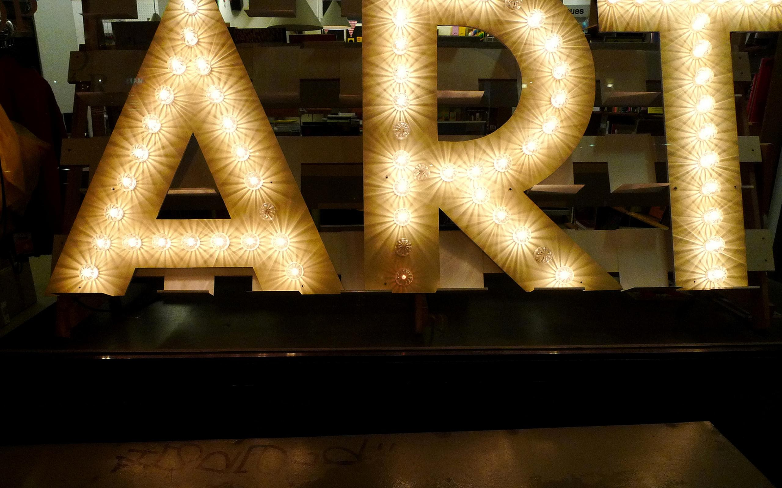 art-sign-light-bulb-wallpaper-1 (1)