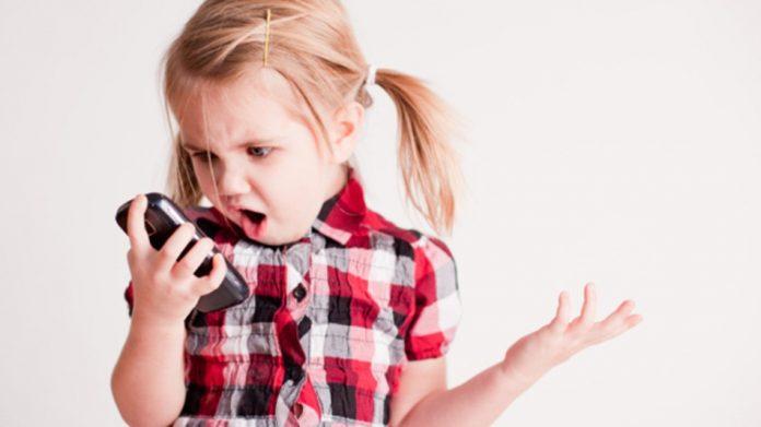 smartphone child