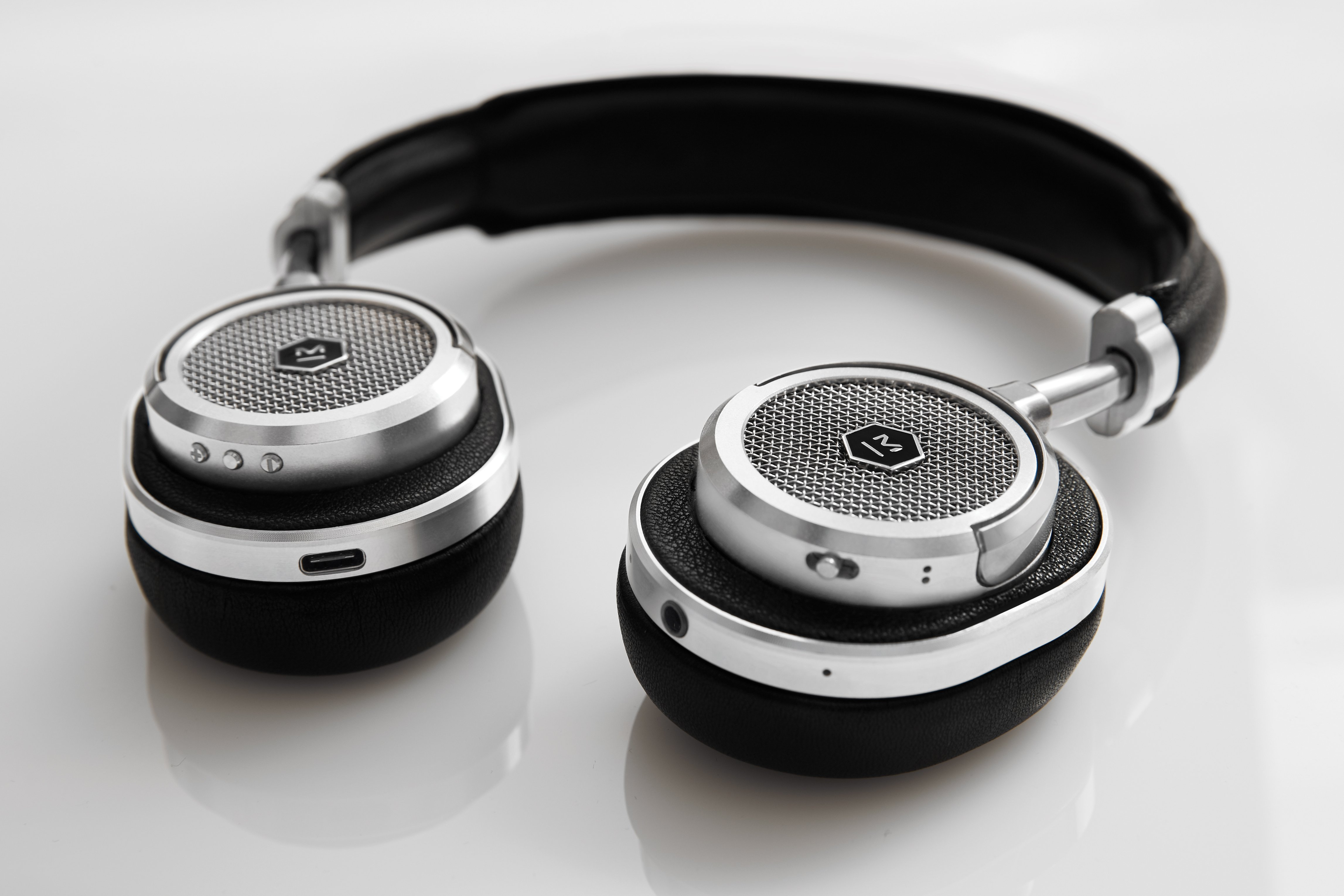 e563552da60 Master & Dynamic releases the ultra premium MW50 Wireless On-Ear Headphones