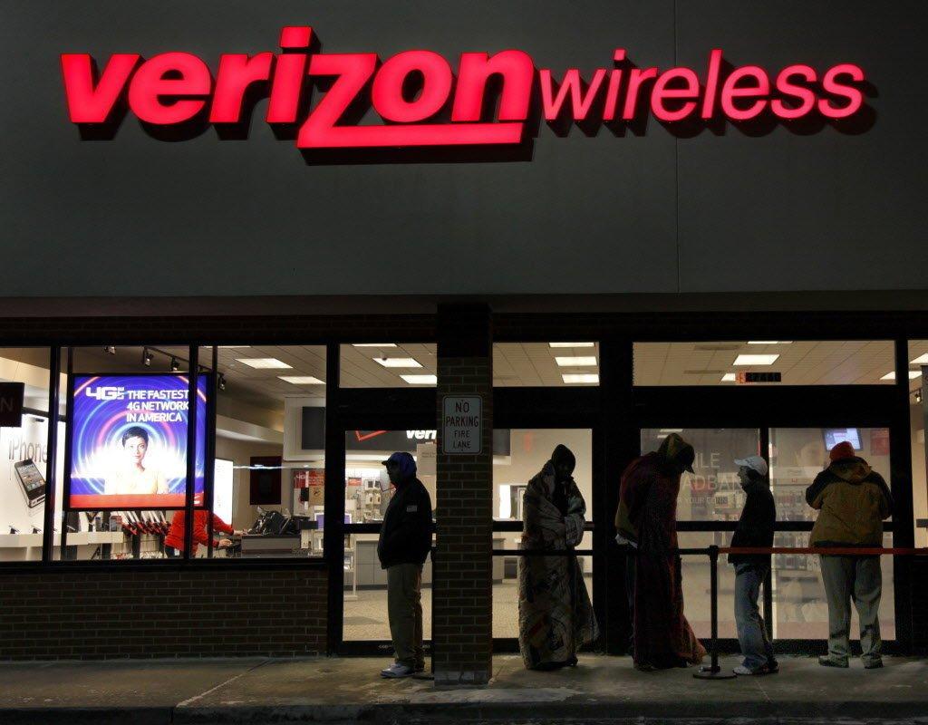 Black Friday: Verizon offers free Pixels, Galaxy S7 phones via trade