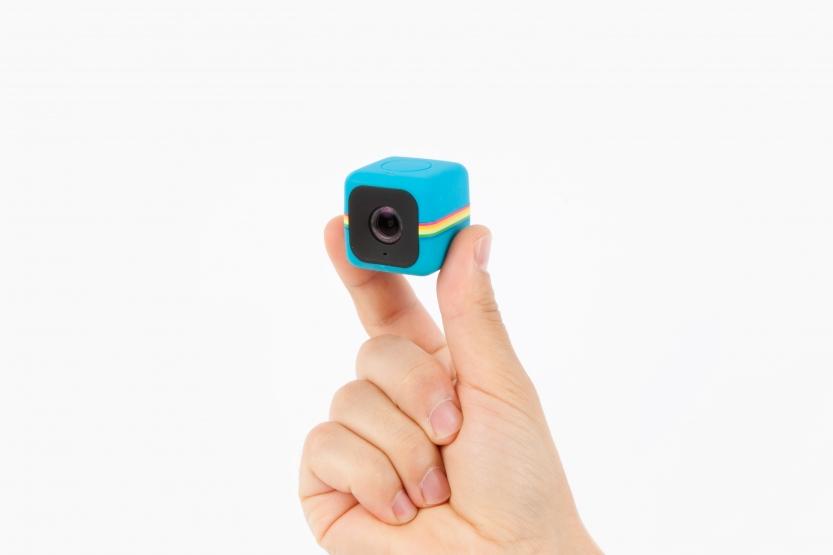 09-polaroid-cube-camera