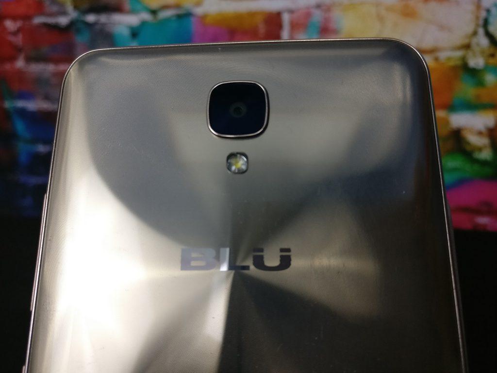 Blu Vivo XL2 camera
