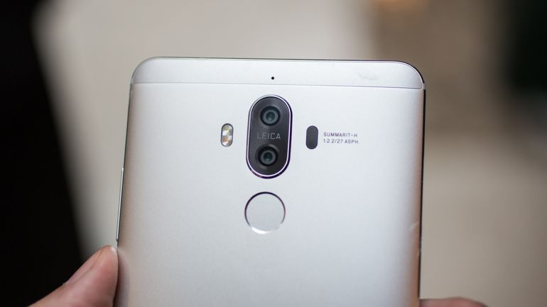 huawei-mate9-camera-closeup