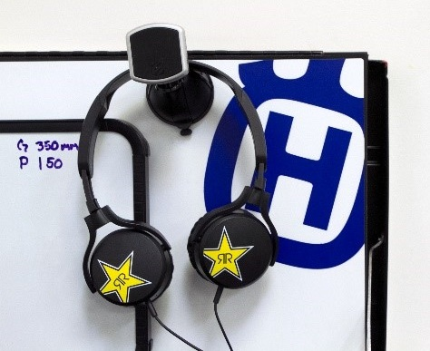 rh1060rs-bluetooth-stereo-headphones-with-controls