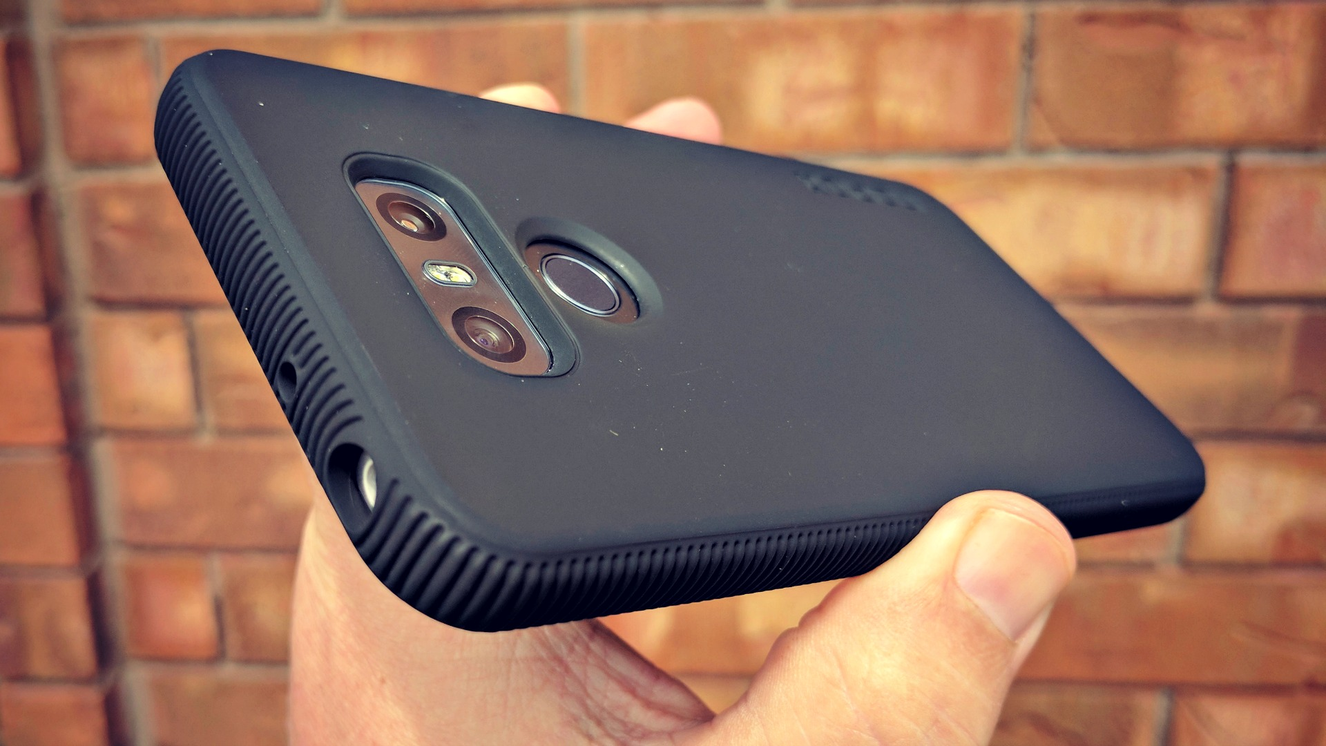separation shoes 28df8 9a1a1 Gear Up: Incipio cases for LG G6 and other flagships