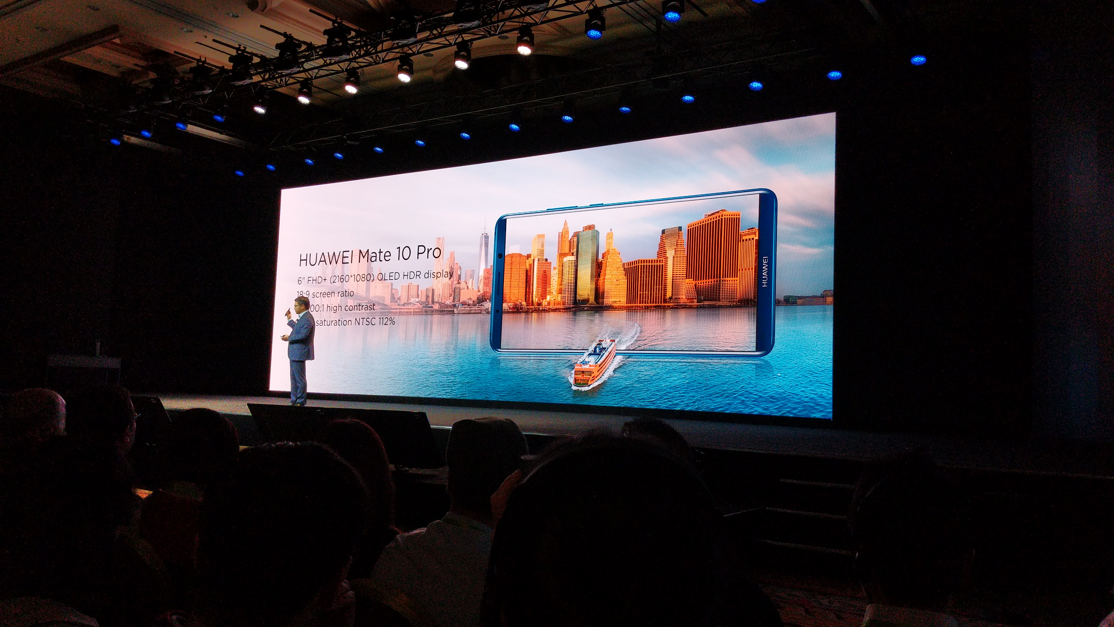 Huawei officially introduces the Mate 10 Pro to the US market