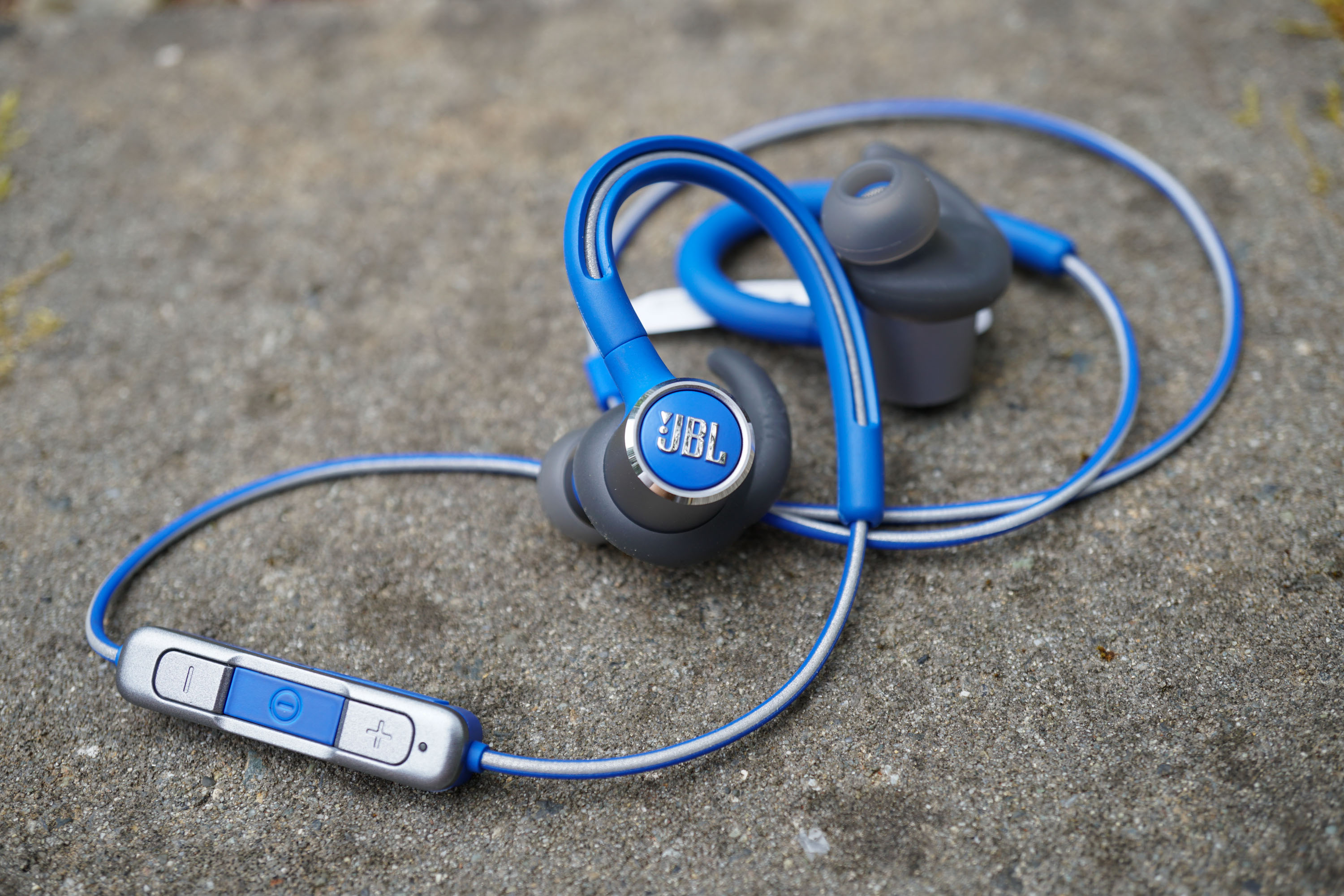 Jbl Reflect Contour 2 Wireless Sport Earbuds Review Step Up Your Sound Quality Headset Two Output Headphones
