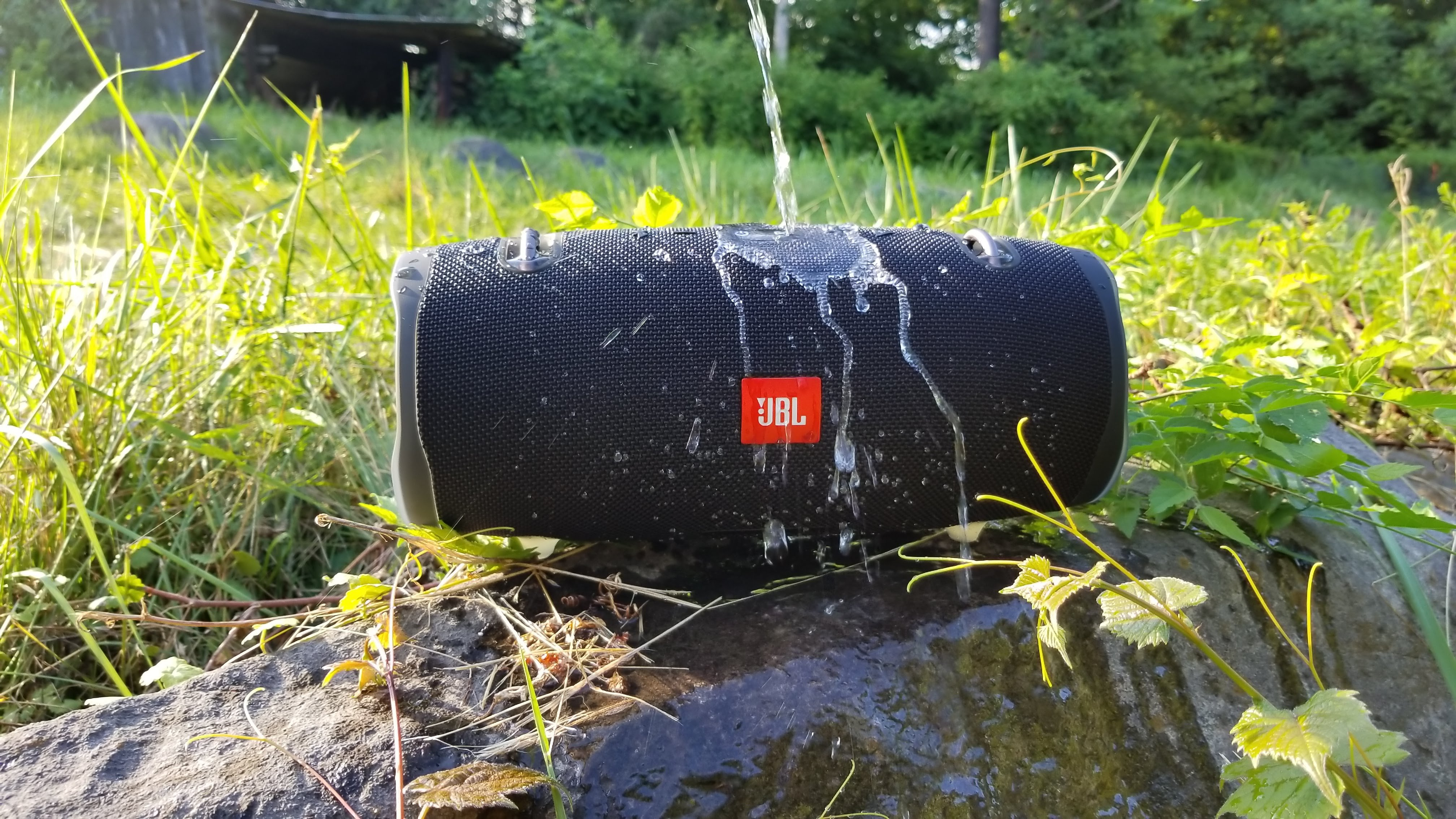 JBL Xtreme 2 Review: Plenty of power for your summer and more