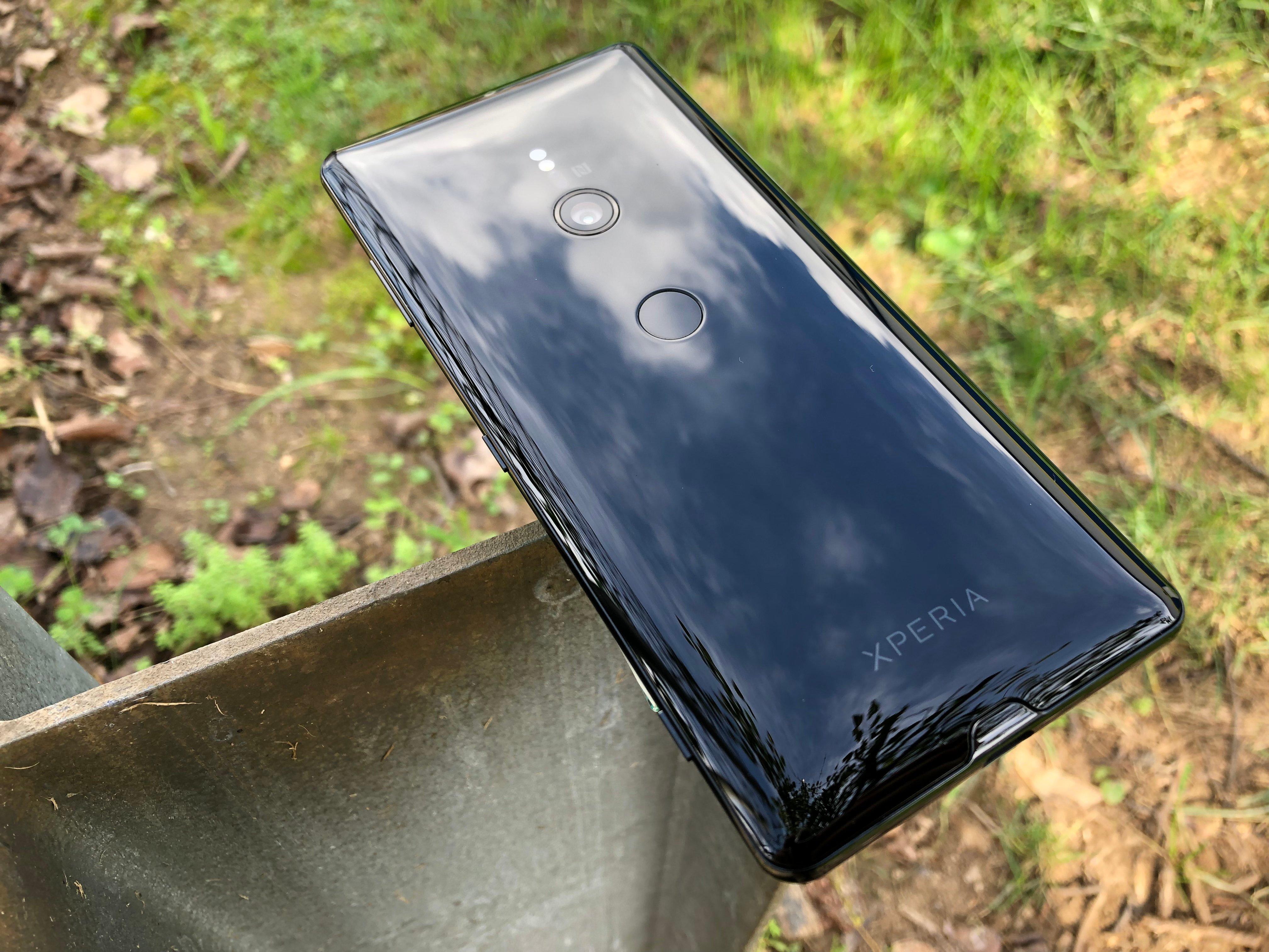 Sony Xperia XZ3 1