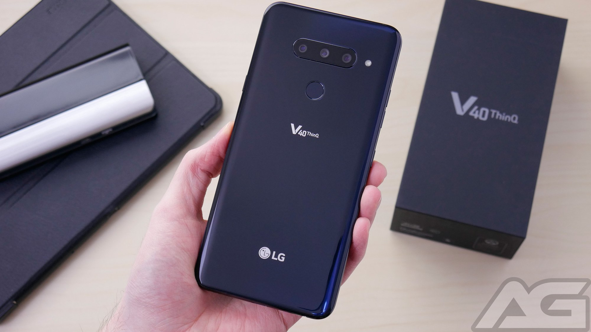 the best attitude 63b84 130eb Here are the first 10 things you should do with the LG V40